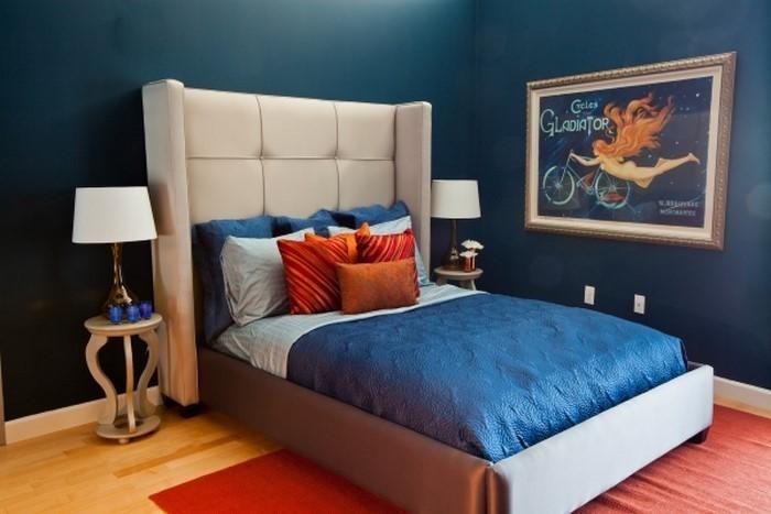 Schlafzimmereinrichtung-in-Blau-Ein-außergewöhnliches-Interieur