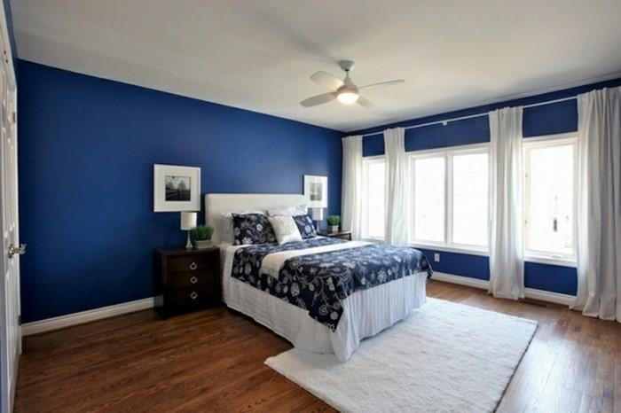 Schlafzimmereinrichtung-in-Blau-Ein-super-Interieur