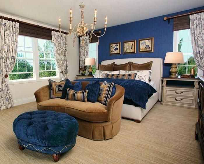 Schlafzimmereinrichtung-in-Blau-Ein-verblüffendes-Design