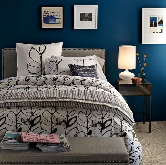 Schlafzimmereinrichtung-in-Blau-Eine-auffällige-Ausstrahlung