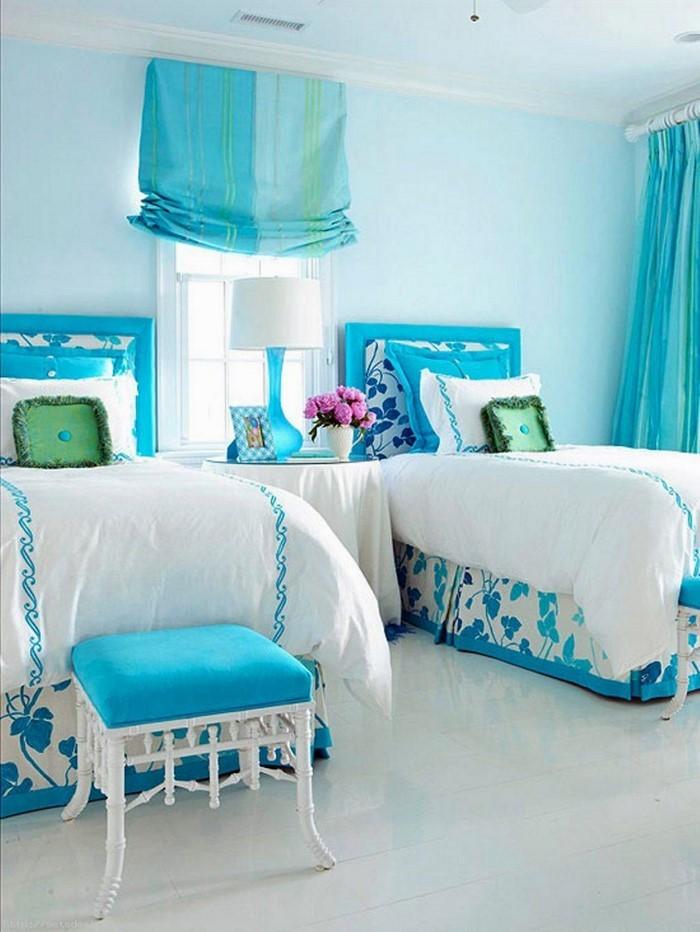Schlafzimmereinrichtung-in-Blau-Eine-super-Dekoration