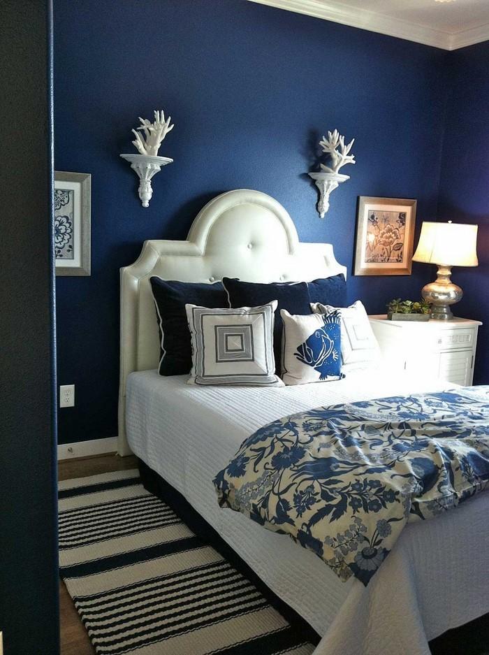 Schlafzimmereinrichtung-in-Blau-Eine-tolle-Ausstrahlung