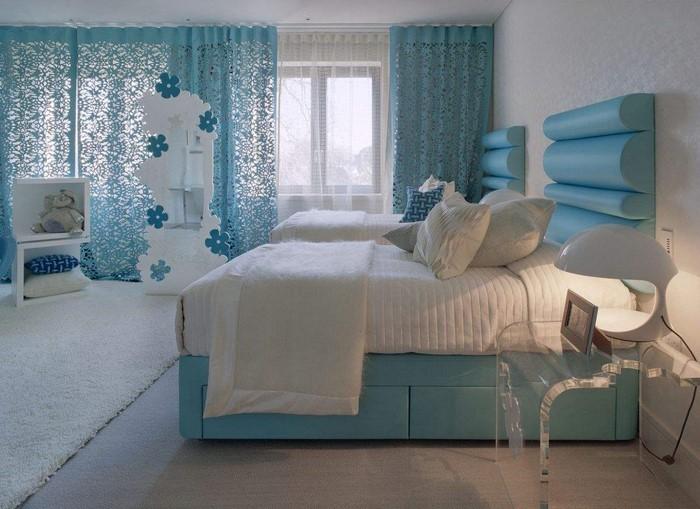 Schlafzimmereinrichtung-in-Blau-Eine-tolle-Dekoration
