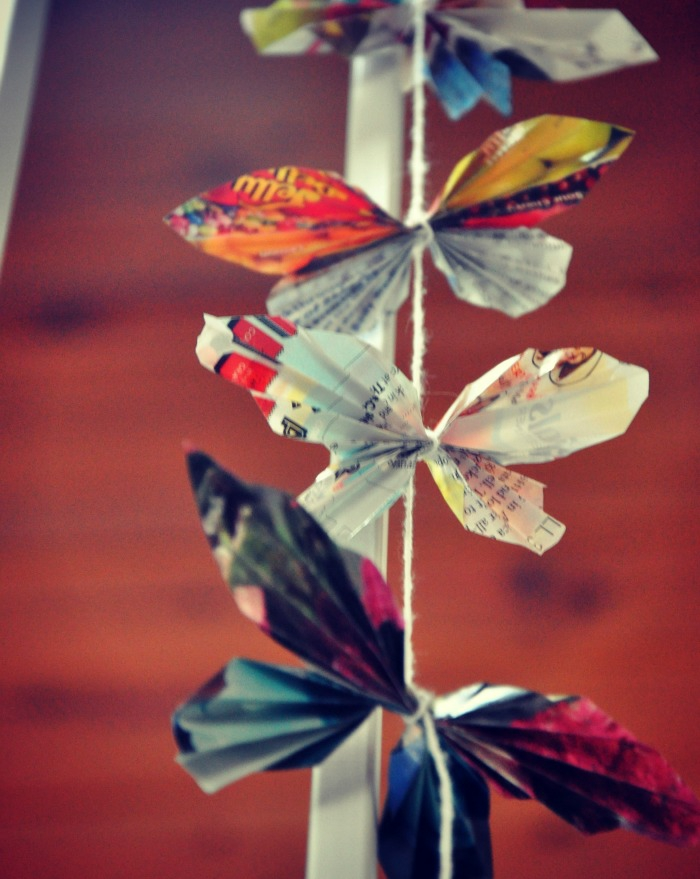 Schmetterling-aus-Papier-von-Illustrierten