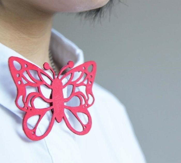 Schmetterling-basteln-Schmuck-für-der-Kleidung
