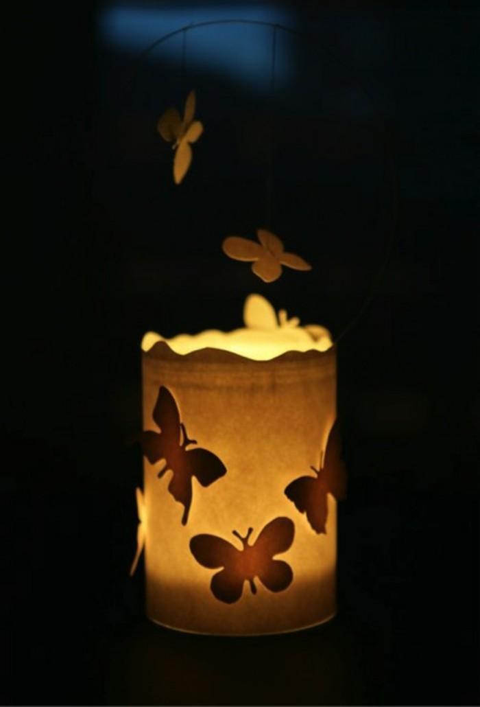Schmetterling-basteln-wie-eine-Laterne