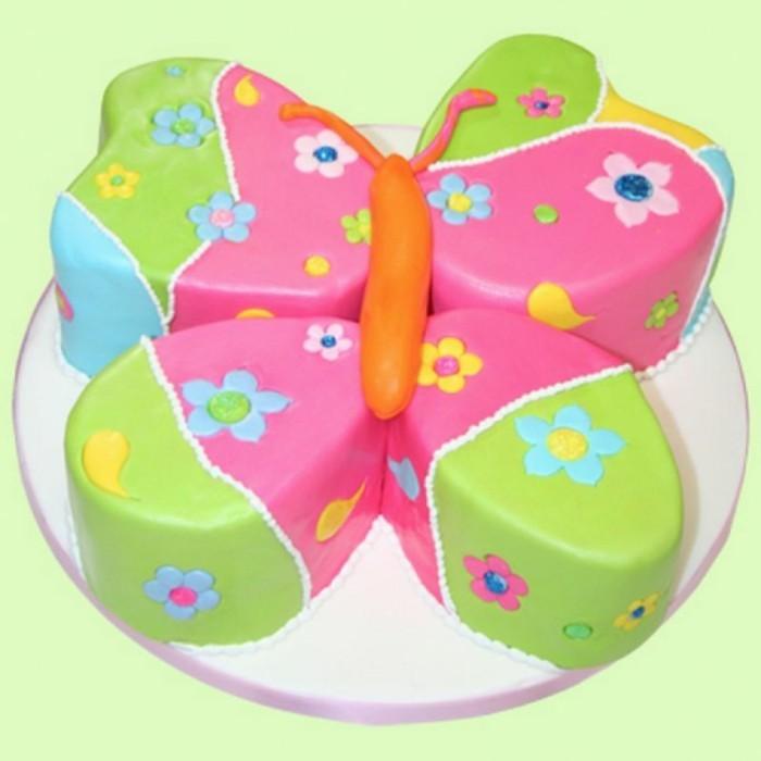 Schmetterlinge-zum-basteln-eine-Torte