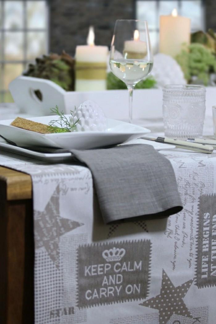 Tischdecke-Deko-Weihnachtstischdecke-CARRY ON-von-sander-in-grauer-Farbe