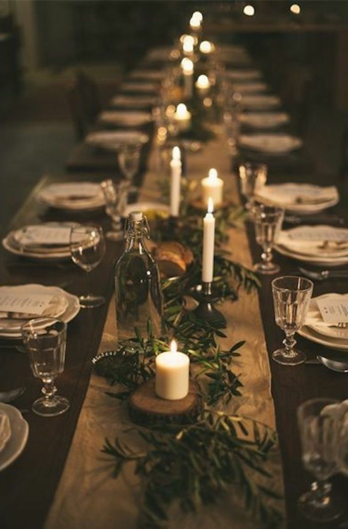 Tischdeko-aus-Holz-für-viele-Gäste