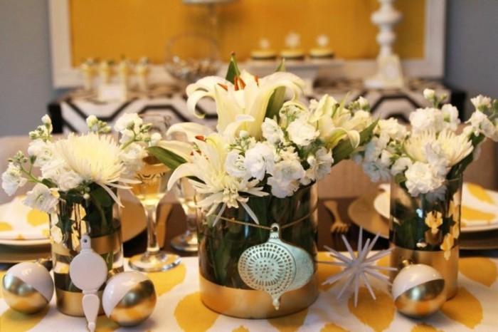 Tischdeko-aus-Holz-wie-Vasen