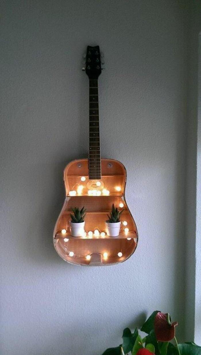 Wanddeko-selber-machen-aus-einer-Gitarre
