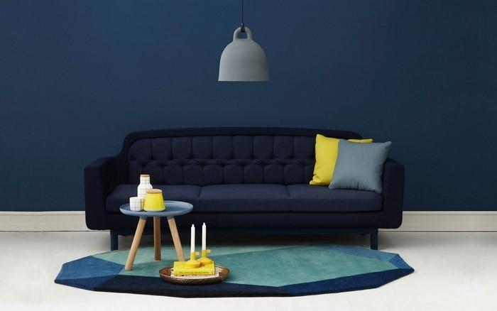 Wohnzimmer-farblich-gestalten-blau-Eine-außergewöhnliche-Ausstrahlung