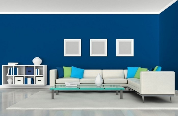 Wohnzimmer-farblich-gestalten-blau-Eine-auffällige-Deko