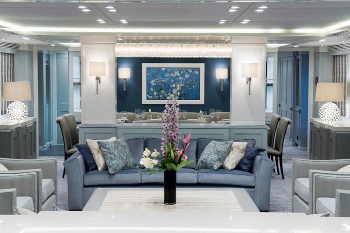 Wohnzimmer-farblich-gestalten-blau-Eine-kreative-Atmosphäre