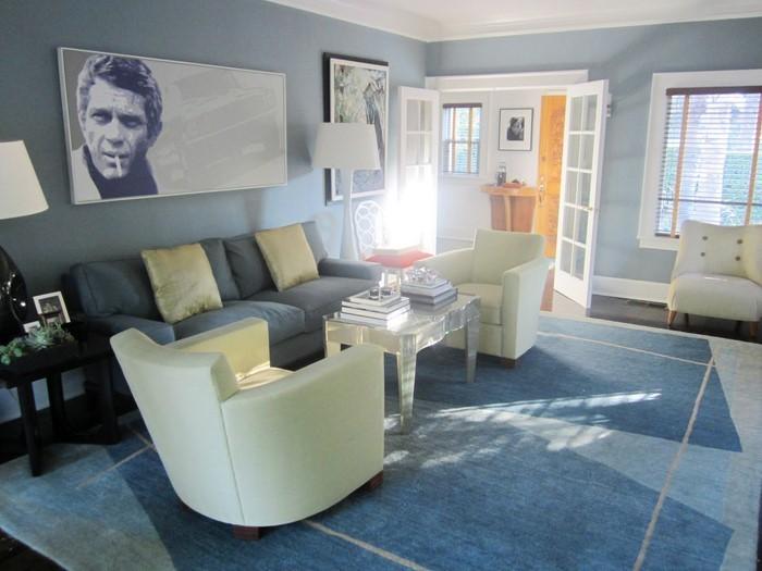 Wohnzimmer-farblich-gestalten-blau-Eine-kreative-Ausstrahlung
