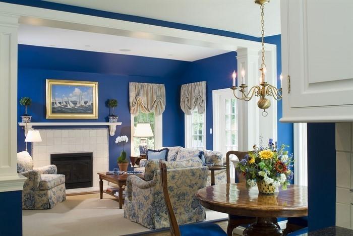 Wohnzimmer-farblich-gestalten-blau-Eine-kreative-Entscheidung
