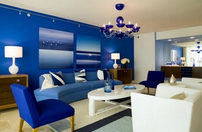 Wohnzimmer-farblich-gestalten-blau-Eine-verblüffende-Ausstrahlung