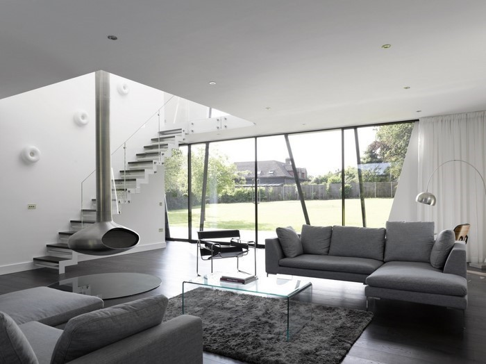 wohnzimmer mit holzmöbel und grauen laminat ~ surfinser.com - Laminat Grau Wohnzimmer