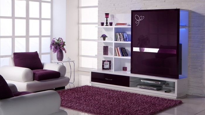 Wohnzimmer-lila-Ein-kreatives-Interieur