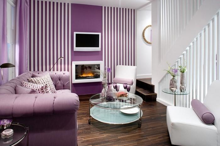 Wohnzimmer-lila-Eine-außergewöhnliche-Ausstrahlung