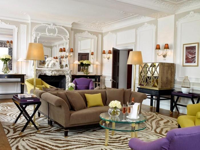 Wohnzimmer-lila-Eine-kreative-Atmosphäre