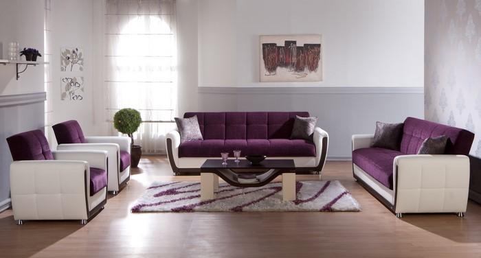 Wohnzimmer-lila-Eine-verblüffende-Entscheidung