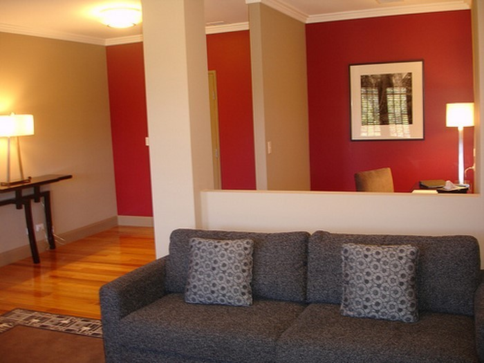 das wohnzimmer rot gestalten 79 einmalige wohnideen
