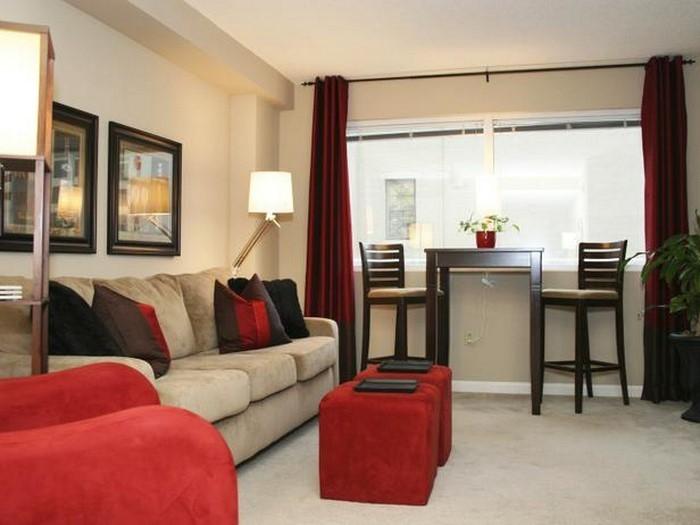 Wohnzimmer-rot-Eine-wunderschöne-Atmosphäre