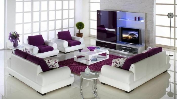 Zimmer-Dekorieren-mit-lila-Teppich