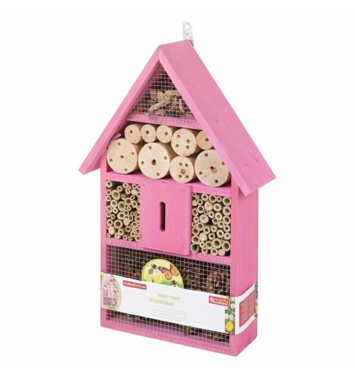 insektenhotel-selber-bauen-ein-pinkes-insektenhotel-selber-bauen