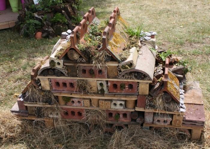 insektenhotel-selber-bauen-jeder-kann-ein-insektenhotel-selber-bauen
