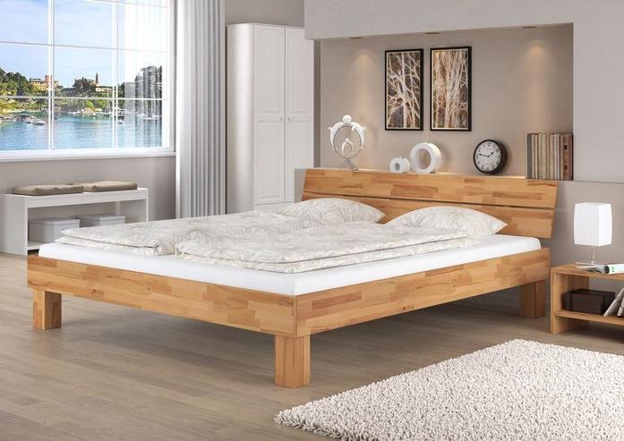 kleines schlafzimmer einrichten schlafzimmer ideen klein eichen doppelbett zimmer deko ideen hell