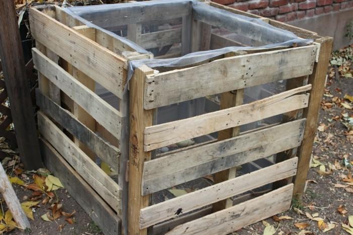 komposter selber bauen anleitung in einfachen schritten. Black Bedroom Furniture Sets. Home Design Ideas