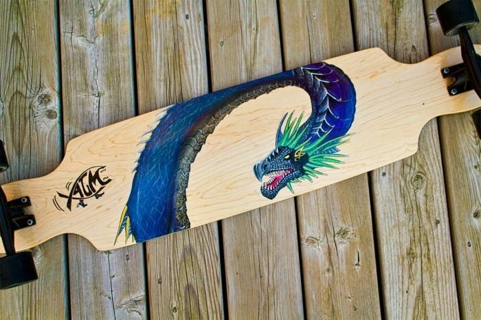 longboard-selber-bauen-ein-longboard-deck-mit-fantasy-motiven