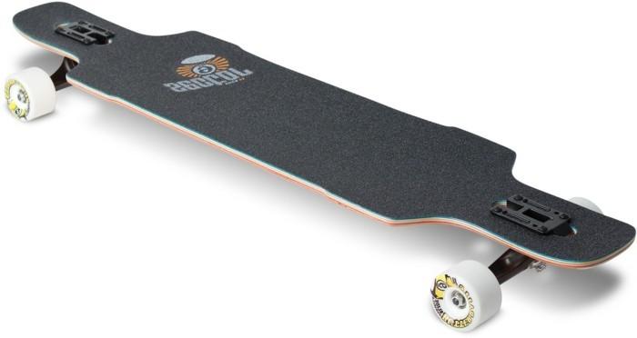 longboard-selber-bauen-ein-schwarzes-longboard-deck