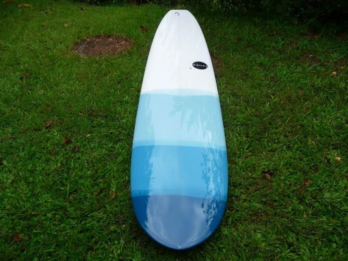 longboard-selber-bauen-hier-ist-ein-blaues-longboard