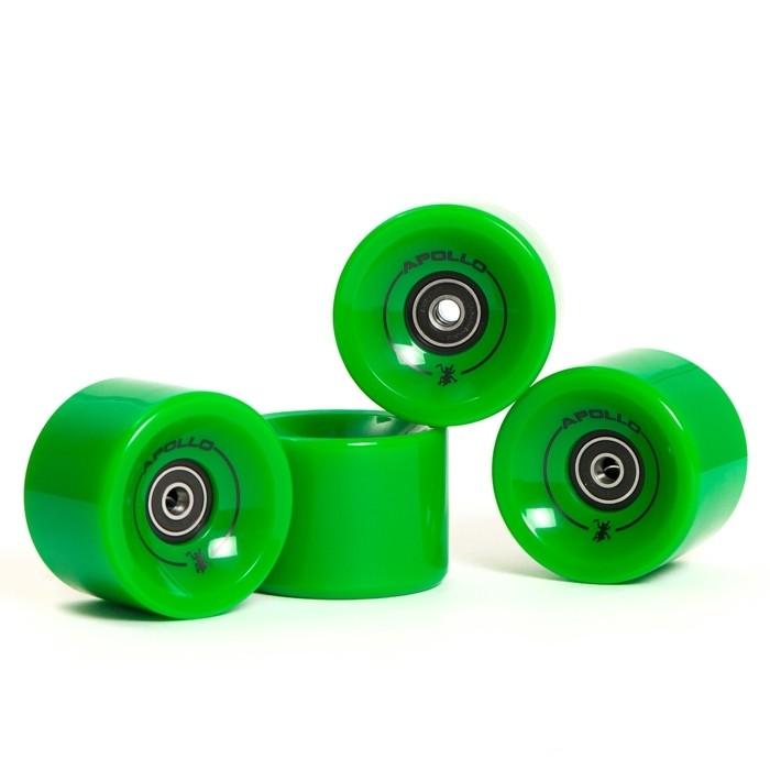 longboard-selber-bauen-hier-sind-noch-grüne-longboard-rollen