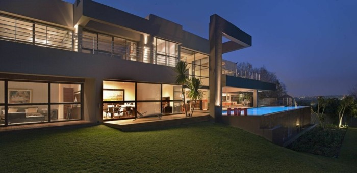 luxus-pool-ein-ausgefallener-luxus-pool