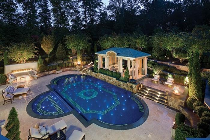 luxus-pool-ganz-gute-idee-für-einen-luxus-pool-im-kleinen-garten