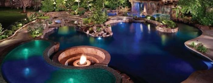 luxus-pool-mit-einem-tollen-luxus-pool-den-garten-verschönern