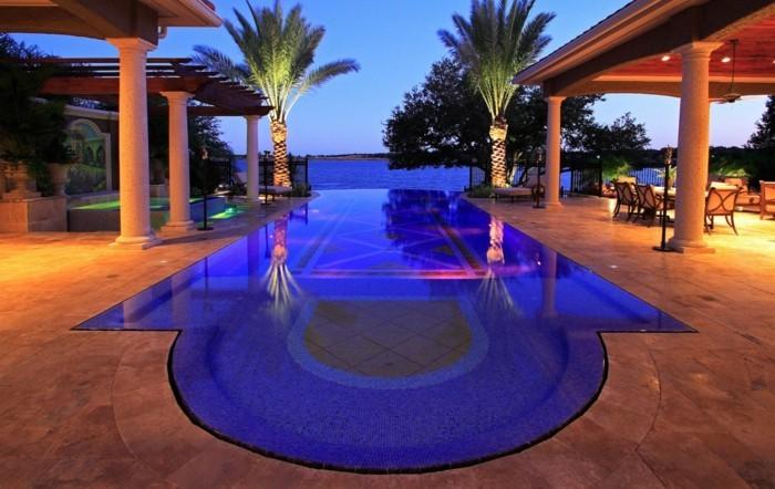 luxus-pool-noch-ein-tolles-luxus-ferienhaus-mit-pool