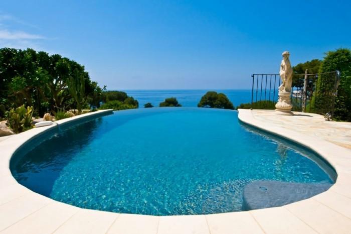 luxus-pool-wirklich-schönes-luxus-ferienhaus-mit-pool