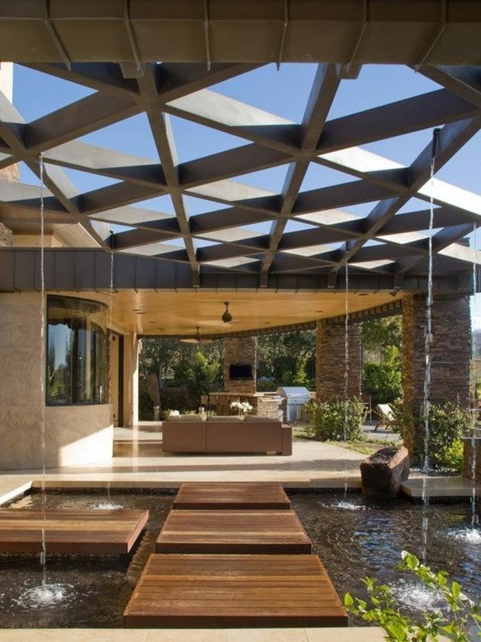 modern-patio-pergola-aus-holz-gartenteich-und-gartenmöbel