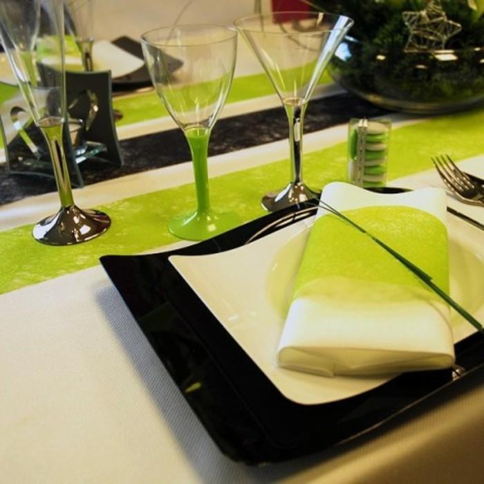 party-tischdecke-prestige-weiss-von-feiern-dekorieren-mit-grünen-Akzent