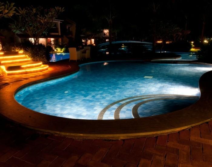 pool-beleuchtung-eine-led-beleuchtung-für-die-pools