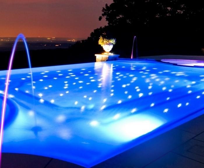 die passende pool beleuchtung finden. Black Bedroom Furniture Sets. Home Design Ideas