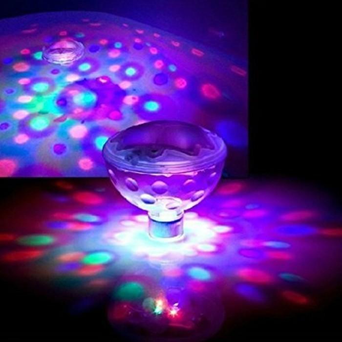 pool-beleuchtung-idee-für-eine-pool-beleuchtung