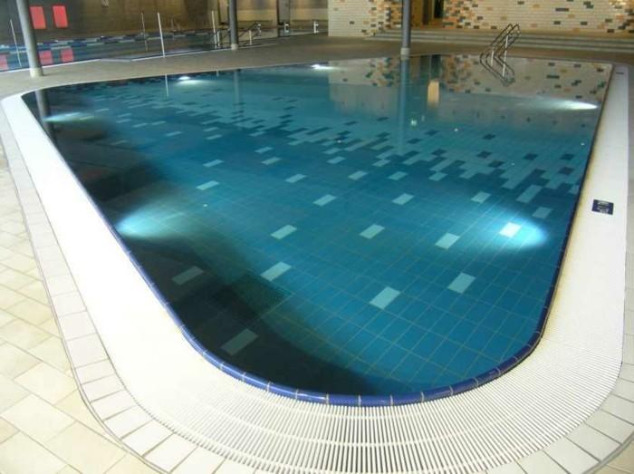 pool-fliesen-ausgefallene-pool-fliesen
