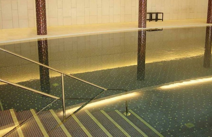 pool-fliesen-gute-idee-für-pool-fliesen