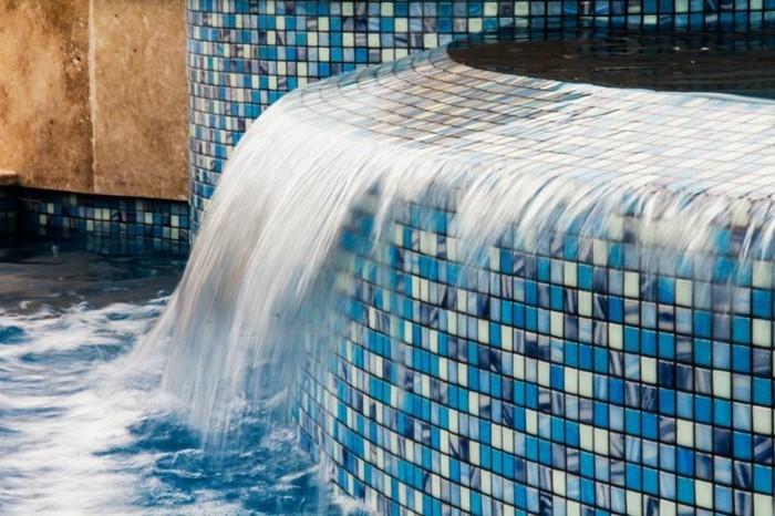 pool-fliesen-hier-sind-ausgefallene-pool-fliesen